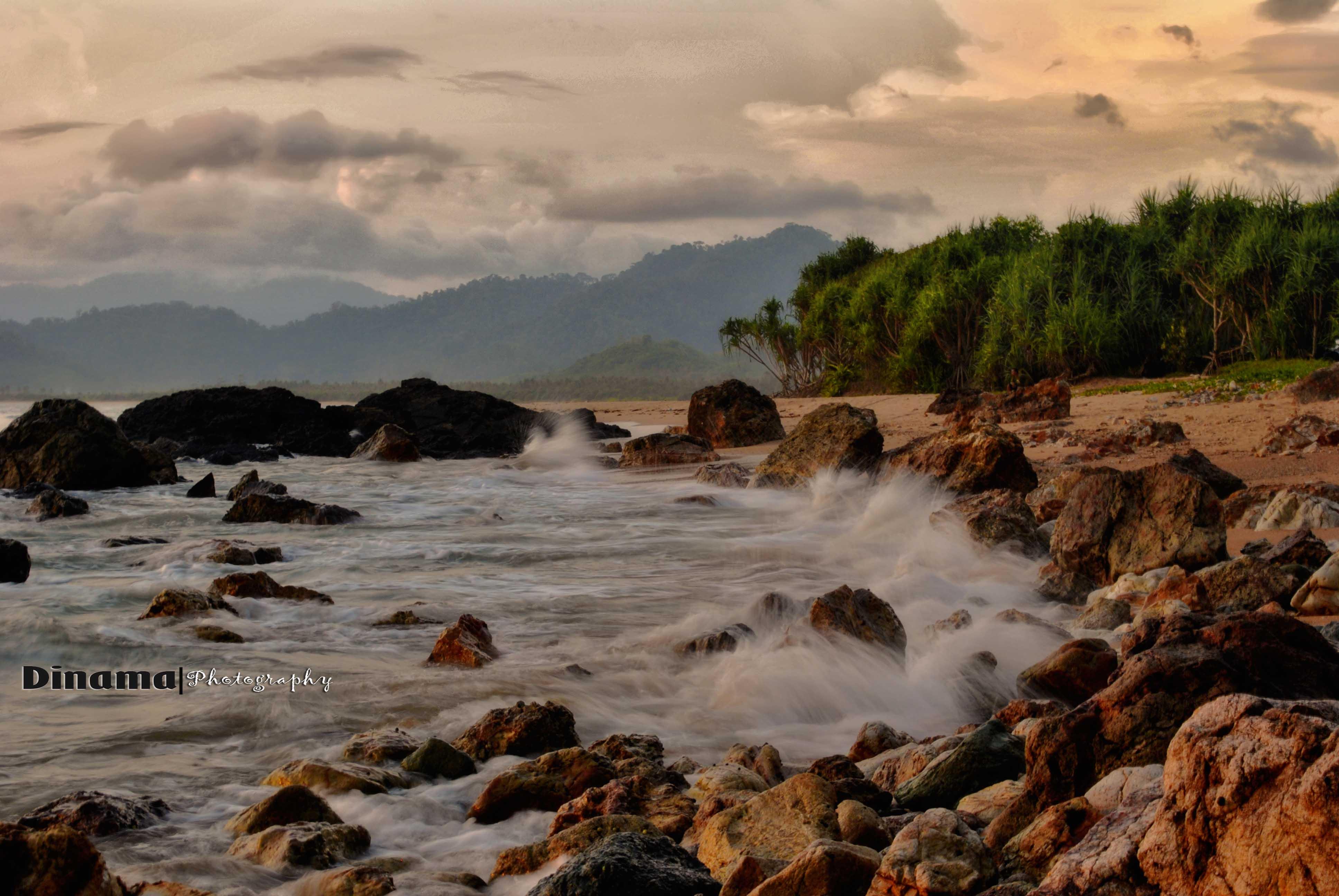 Pulau Merah, Sunset Of Banyuwangi   Wisata Ku